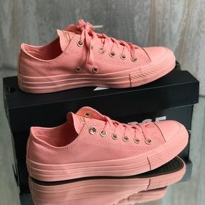 NWT Converse Ctas Ox Canvas Pale Coral W AUTHENTIC